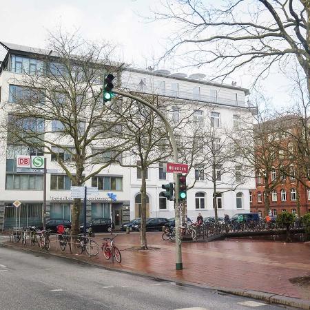Hamburg Altona Beherbungsbetrieb Deutsche Bahn Appartements Praxis Büro Schümann Sunder-Plassmann und Partner
